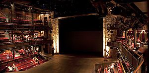 300px-Royal_Shakespeare_Theatre_-2-.jpg