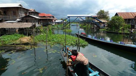 Lac-Inle--1---Small-.JPG