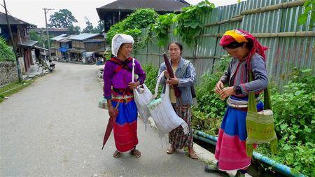 femmes-Palaung--2---Small-.JPG