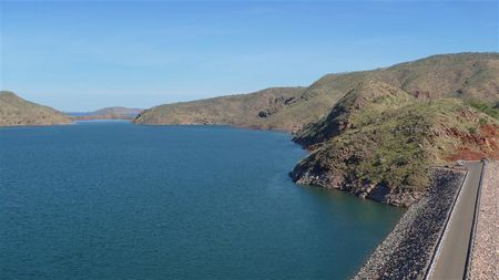 Lake-Argyle-Dam--1---Small-.JPG