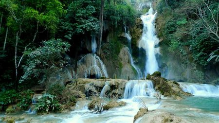 Tat-Kuang-Si-waterfalls--3---Small-.JPG
