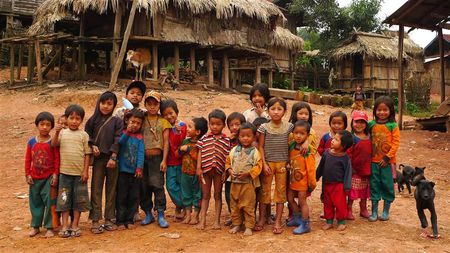 les-enfants-village-Akha--3---Small-.JPG