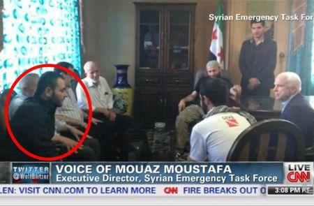 cnn_screenshot_johnmccain_speaking_with_isis_chief_abu_bakr.jpg