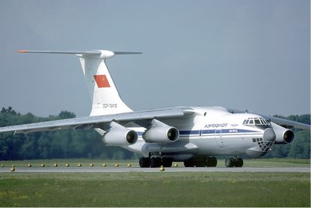 Aeroflot_Ilyushin_Il-76TD_at_Zurich_Airport_in_May_1985.jpg