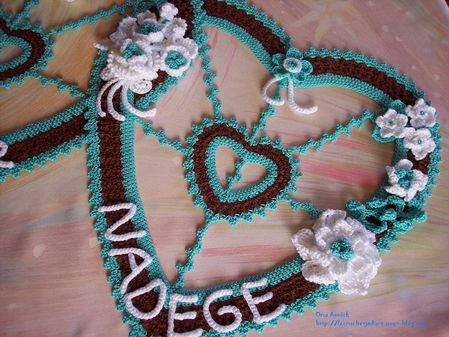 mariage-fleurs-coeurs-deco-chocolat-turquoise