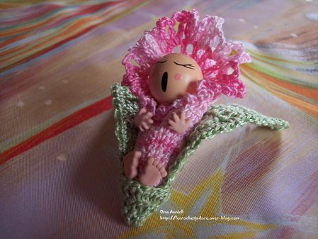 bebe-arum-rose-deco-table-crochet