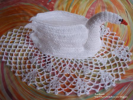 cygne-crochet-decoration-table-cadeau