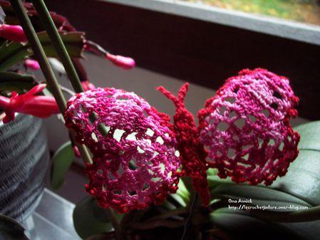 papillon-roserouge-crochet-decoration