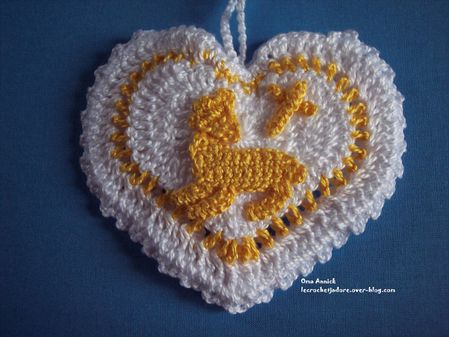 coeur-agneau-pochon-dragees-communion-crochet