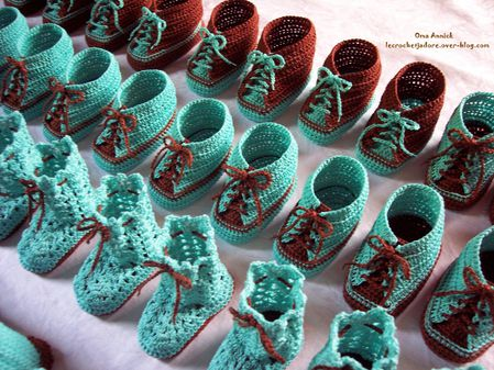 pochons-baskets-dragees-chocolat-turquoise-crochet
