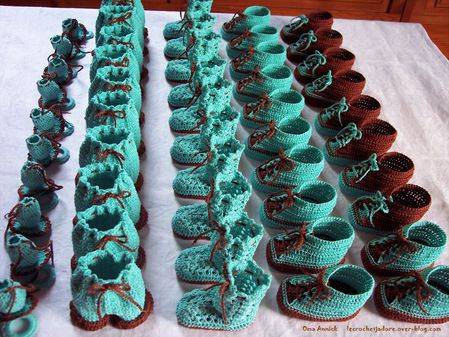 pochons-dragees-bapteme-chocolat-turquoise-crochet