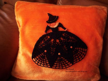 halloween-sorciere-crinoline-decoration-crochet
