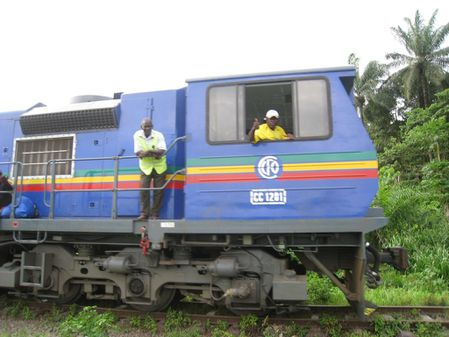 mayombe-bilala-train-conducteur