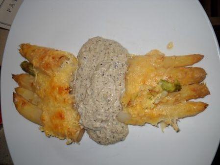 Asperges-gratinees--veloute-de-champignons-Presentation-.jpg