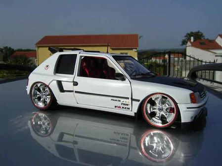 miniature peugeot 205 gti 1 18 tuningcar es360. Black Bedroom Furniture Sets. Home Design Ideas