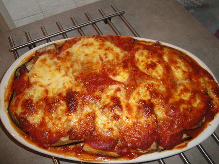 Parmigiana di melanzane ou gratin d'aubergines