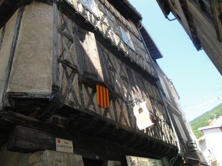 Eté 2014 : une parmi les belles vieilles maisons de Foix