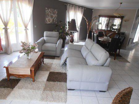 Pouvez vous peindre mes meubles louis philippe pour les relooker atelier de l 39 b niste c for Peindre mon salon salle a manger