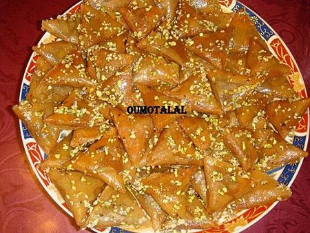 Samsa triangles aux amandes selection cuisine maghreb for Amoure de cuisine chez ratiba