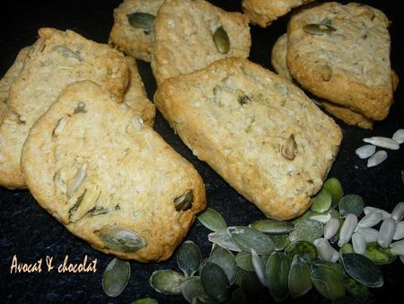 Biscuits_croquants_au_parmesan___graines_de_courges_et_de_tournesols
