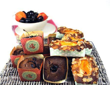 mini cake au chocolat et cerises