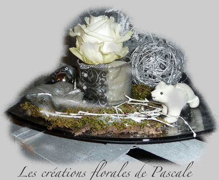 centre de table de no l gris argent r cr ation florale. Black Bedroom Furniture Sets. Home Design Ideas