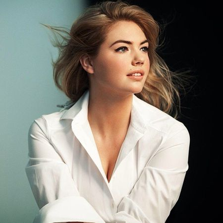 640x640xkate-upton-bobbi-brown-cosmetics.jpg.pagespeed.ic.y.jpg