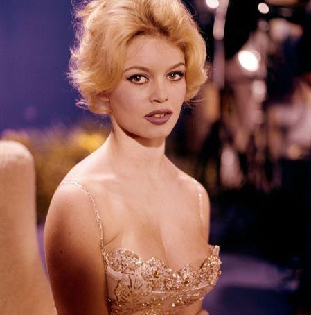 Brigitte-Bardot-par-Chiara-Samugho--Blog--Bagnaud-.jpg
