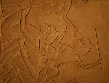 Tombe d'Horemheb saqqara 4