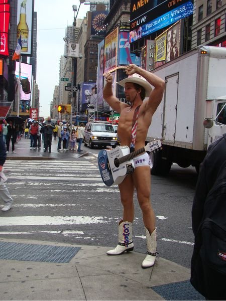 naked cow boy new york2
