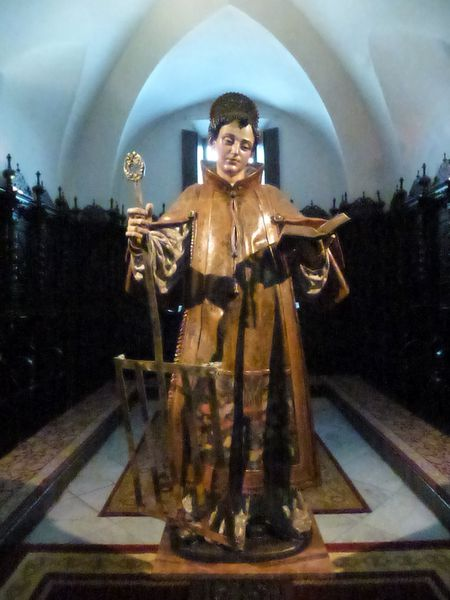 SEVILLA---eglise-San-Lorenzo---statue-du-saint.JPG