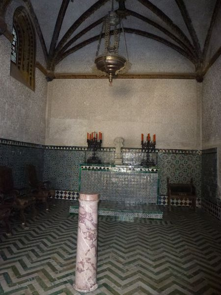 SEVILLA---Casa-de-Pilatos---chapelle-de-la-flagellation.JPG