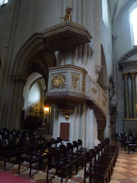 SAint-Michel---chaire.JPG