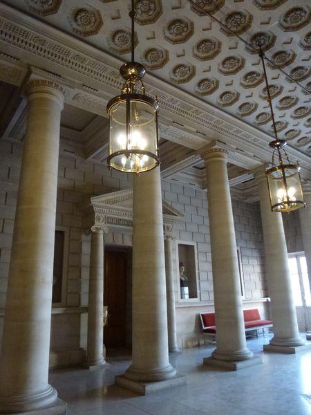 le-Senat---vestibule--2-.JPG