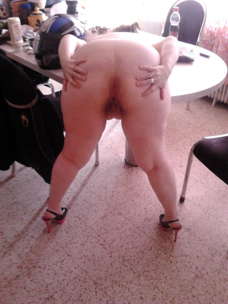 La truie pompe une queue soumise p submissive whore 5