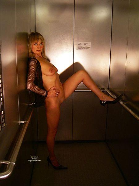 Ascenseur10