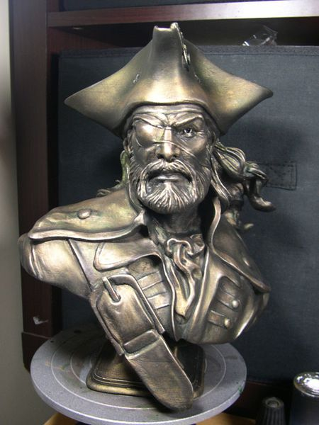 bust pirate-05