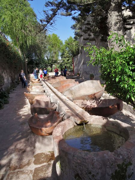 Arequipa-couvent-Santa-Catalina-lavoir.jpg