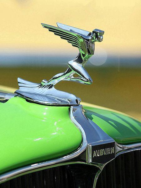 auburn_12-160a_speedster_1932_106.jpg