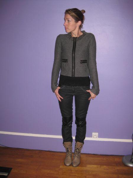 slim-noir-enduit-genoux--1-.JPG