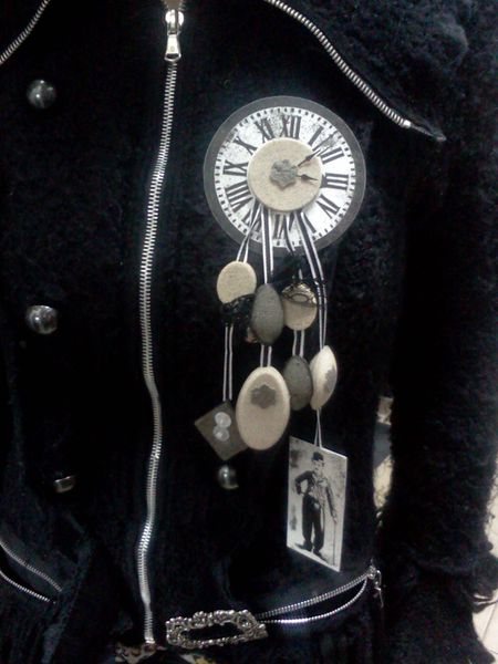 broche en boutique 003