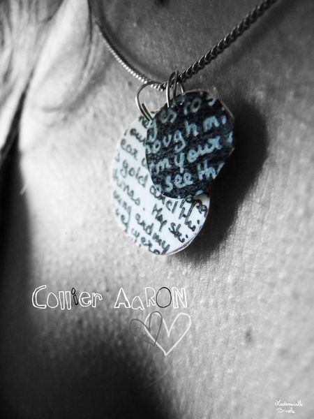 Collier pendentif AaRON paroles arm your eyes 2