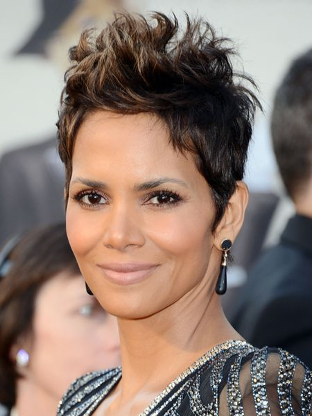 Halle-Berry-Oscars-2013.jpg