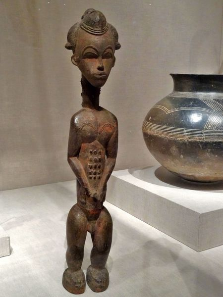 Chicago-Art-Institute-statuette-Afrique.jpg