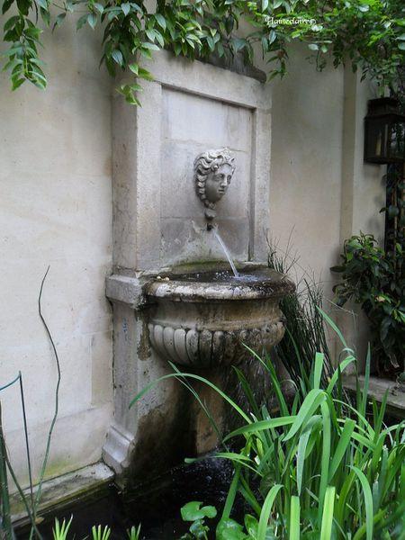 fontaine-hotel-abbaye.jpg
