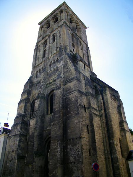 1460 Tour Charlemagne, Tours