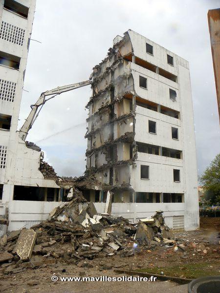 Déconstruction bâtiment B. Branly 19 juillet 2011 3