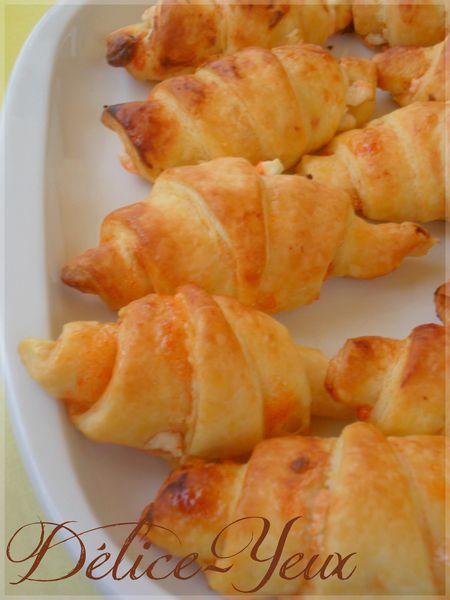 Mini Croissants Brebis & gelée de piment d'espelette1