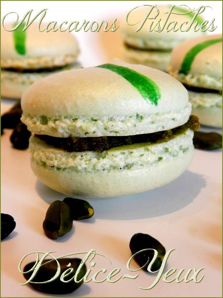 Macarons Pistaches1