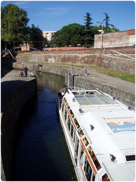Canal-de-Brienne.jpg